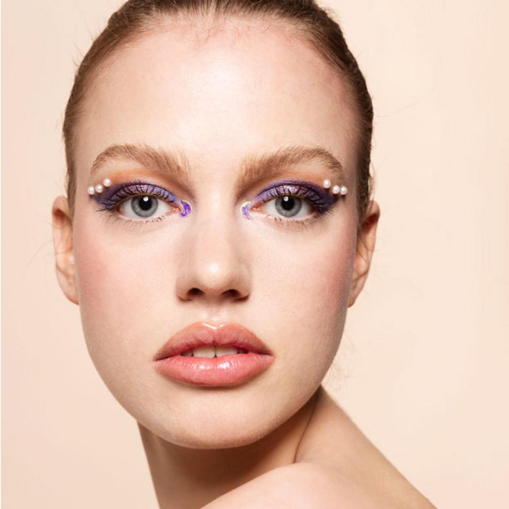 Art Of Colors Makeup Artist School